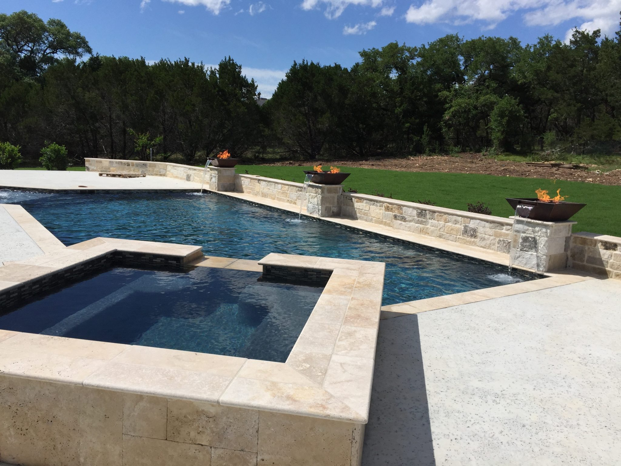 Pool maintenance tips spring branch boerne new braunfels for Pool maintenance guide